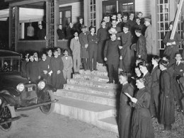First Maryknoll Departure in 1918