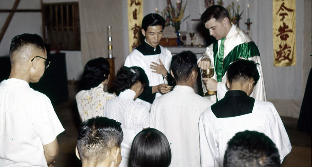 Fr. Vincent Capodanno celebrating Mass